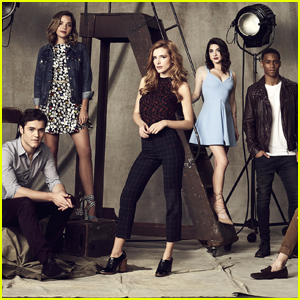 'Famous In Love' Renewed For Season 2 By Freeform!