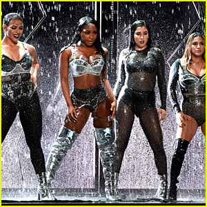 Watch Fifth Harmony's Full VMAs 2017 Performance, Including THAT Moment (Video)