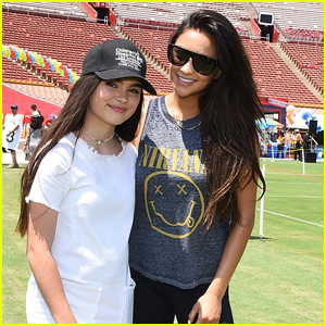 Shay Mitchell & Landry Bender Have Fun With Young Kids at CHLA's Play LA Event