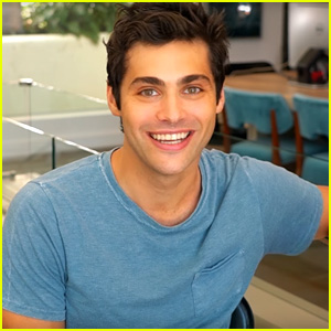 Matthew Daddario Is Shocked By RAW's Super Sleuth Questions! (Video)