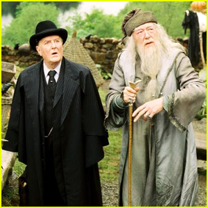 'Harry Potter' Fans Pay Tribute To Robert Hardy aka Cornelius Fudge After His Death