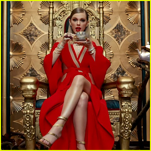 Taylor Swift Releases 'Look What You Made Me Do' Video During VMAs 2017 - WATCH HERE!
