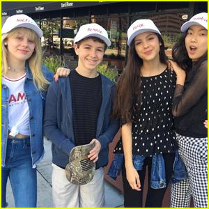 The 'Bizaardvark' Cast Wraps Up Production on Season Two