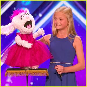Darci Lynne Farmer Laughs At Her Puppets' Jokes