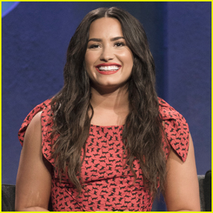 Demi Lovato Guest Judges Sleepwear Challenge on 'Project Runway' Tonight