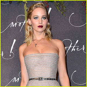 Jennifer Lawrence on the Current State of the Country: 'It's Scary & Makes Me Sick' (Video)