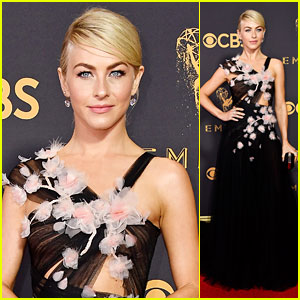 Julianne Hough Looks Mesmerizing in Marchesa at Emmys 2017!