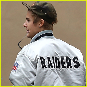 Justin Bieber Spends the Afternoon at the Studio