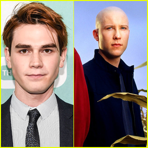 Cole Sprouse Is Petitioning For Cast Transportation After KJ Apa's Accident; Just Like The 'Smallville' Cast Did For Tom Welling