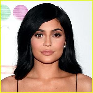 Kylie Jenner Breaks Social Media Silence After Pregnancy Reveal