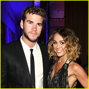 Miley Cyrus & Liam Hemsworth Show Some PDA on Instagram!