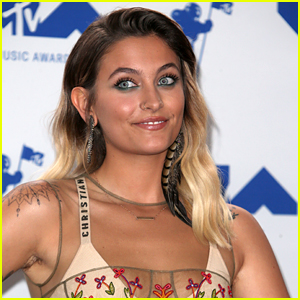 Paris Jackson Shows Off Her New Chest Tattoo!
