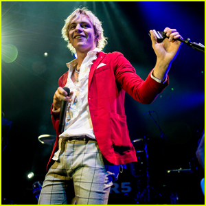 Ross Lynch Gives Sweet Shout Out to Fans During R5 Tour