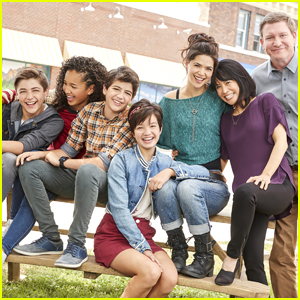 Peyton Elizabeth Lee & 'Andi Mack' Cast Thank Fans For Support After Premiere