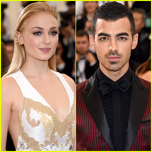 Joe Jonas & Sophie Turner Announce Their Engagement!