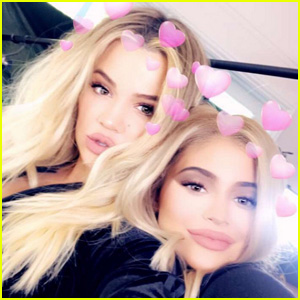 Kylie Jenner Posts New Selfies with Fellow Pregnant Sister Khloe Kardashian!