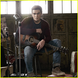 KJ Apa Had to 'Unlearn' His Musical Skills For 'Riverdale'