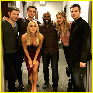 The Mikaelsons Reunite For Family Pic on 'Originals' Set