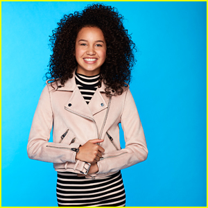 Andi Mack's Sofia Wylie Dishes 4 Fall Trends That You Will Love To Wear (Exclusive)
