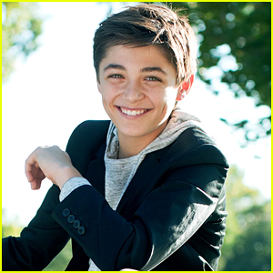 Asher Angel Shares First Sneak Peek of Holiday Song - Listen Now!