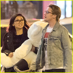 Brenda Song Carries Large Teddy Bear While Shopping With Macaulay Culkin