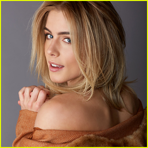 Emily Bett Rickards Says Felicity Smoak Has Taught Her How To Handle Life