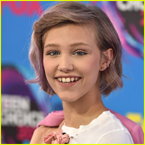 Grace VanderWaal to Emerging Musicians Everywhere: 'Don't Try and Be A Pop Star. Be Yourself'