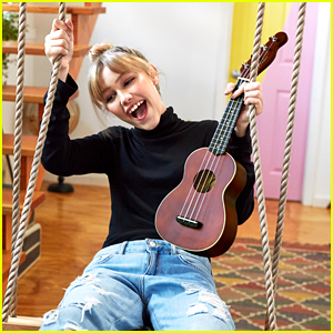 Grace VanderWaal Joins The Fender Family & Will Launch New Ukulele Line Next Year