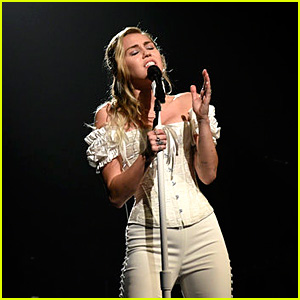 Miley Cyrus Performs on 'Saturday Night Live' - Watch Here!