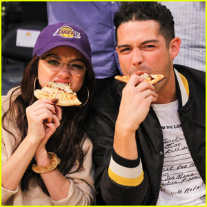 Sarah Hyland & Boyfriend Wells Adams Get Cozy at a Lakers Game!