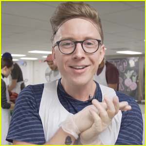 Tyler Oakley Kicked Off the Holiday Season By Helping Others!