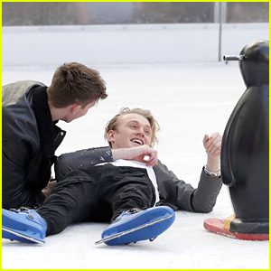 The Vamps' Tristan Evans Had Some Trouble On The Ice Rink in London & Fell!