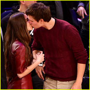 Ansel Elgort & Violetta Komyshan Share a Smooch From the Sidelines!