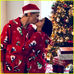 Ariel Winter & Levi Meaden Wear Matching Pajamas on Christmas!