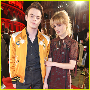 Charlie Heaton & Natalia Dyer Make One Cute Couple at Fashion Awards 2017!