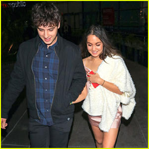 The Fosters' David Lambert & Meg DeLacy Hold Hands After Movie Premiere