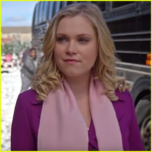 The 100's Eliza Taylor Stars in Netflix's New Christmas Movie 'Christmas Inheritance'
