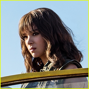 Hailee Steinfeld Looks So Cool in the First Photo From 'Bumblebee'!