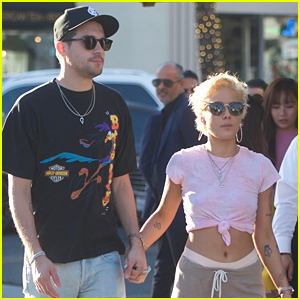 Halsey & Boyfriend G-Eazy Hold Hands on Lunch Date!