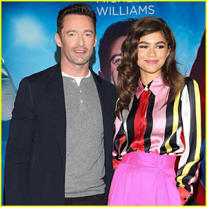 Zendaya Rocks Hot Pink Pants to 'Greatest Showman' Press Conference in Mexico City