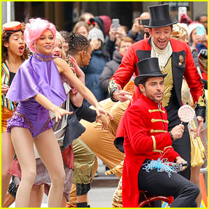 Zac Efron & Zendaya Promote 'The Greatest Showman' in Costume!