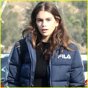 Kaia Gerber Grabs Dinner with Friends in Malibu