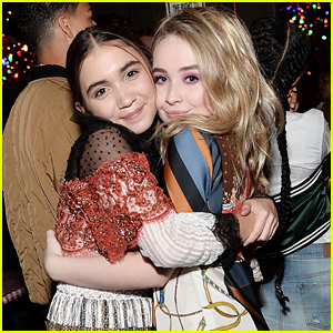 Rowan Blanchard & Sabrina Carpenter Used To Coordinate Their Outfits For 'Girl Meets World'