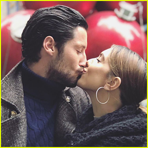 Jenna Johnson & Val Chmerkovskiy Take Their Love Story to New York City
