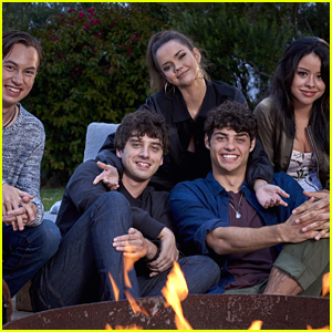'The Fosters' Will End With Season 5'; Maia Mitchell & Cierra Ramirez To Get Spinoff