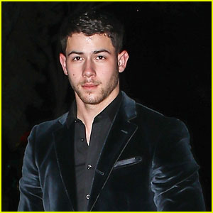 Nick Jonas & Madeline Brewer Have Dinner Together Again!