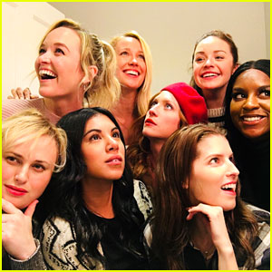Pitch perfect bellas are obsessed with each other in real life pitch perfect bellas are obsessed with each other in real life voltagebd Choice Image