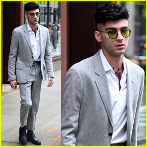 Zayn Malik Looks So Handsome in His Grey Suit