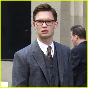 Ansel Elgort Gets into Character on Set of 'The Goldfinch'