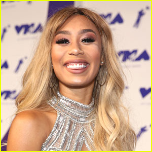 Eva Gutowski on YouTube Trends: Being a Leader Keeps You Places Longer